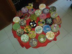 Cofanetti in ceramica decorati a mano