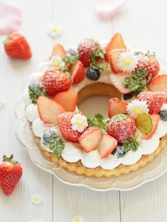 * Cute ♡ strawberry lease tart ♪ on We Heart It Rainbow Food, Number Cakes, Japanese Sweets, Cute Cakes, Beautiful Cakes, Love Food, Sweet Recipes, Cupcake Cakes, Cake Decorating