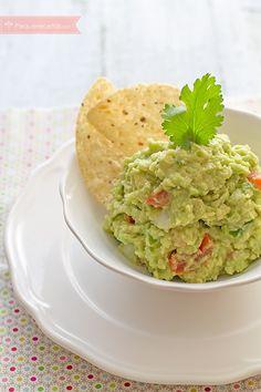 Guacamole, una receta para niños ¡y adultos! Sauces, Avocado Recipes, Sin Gluten, Desert Recipes, Diy Food, Deli, Food To Make, Easy Meals, Veggies