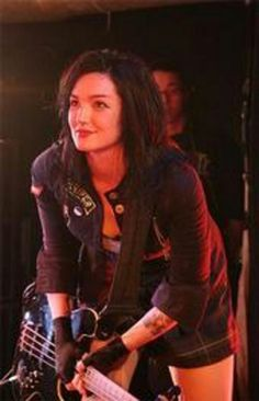 Mindless Self Indulgence Lyn-Z Lindsey Way, Mindless Self Indulgence, Guitar Girl, Love U So Much, Bob Bryar, Emo Bands, Attractive People, Queen, My Chemical Romance