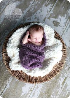 Knit Baby Cocoon / baby photos
