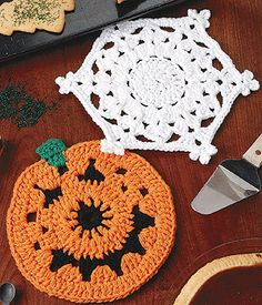 Buy online crochet snowflake patterns and jack o lantern hot pad patterns to crochet. These clever hot pads will dress your kitchen for all the seasons. Crochet Snowflake Pattern, Crochet Snowflakes, Crochet Motif, Crochet Patterns, Doilies Crochet, Crochet Coaster, Apron Patterns, Doily Patterns, Thread Crochet