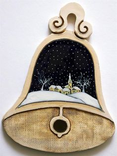 Vánoční motiv - zvon Wood Ornaments, Angel Ornaments, Christmas Images, Christmas Crafts, Clay Wall Art, Metal Working, Coin Purse, Pottery, Chocolates