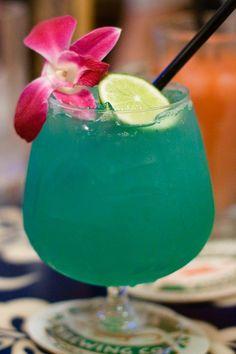 Different beach drinks! Gotta love the pics