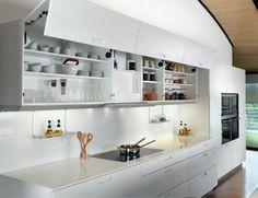 El sistema de apertura asistida está disponible para los muebles altos de hasta 180 cm de ancho (SAA-P).