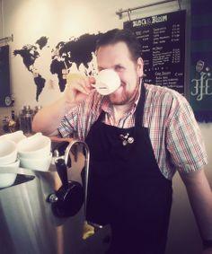 Black & Bloom | Oude Kijk in't Jatstraat 32 | Specialty Coffee
