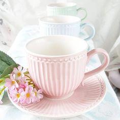 Tazas con plato Alice pink de GreenGate, preciosas en un Teatime.