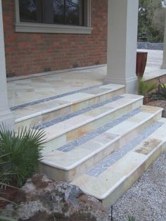 Natural outdoor steps with broken insert. used for the veranda area Outdoor Steps, Patio Steps, Sandstone Pavers, Pool Paving, Outdoor Furniture, Outdoor Decor, Teak, Stairs, Natural