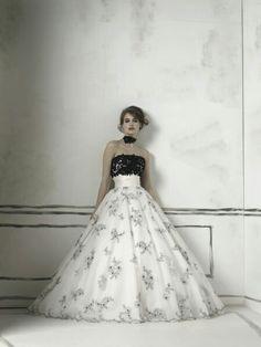 Romantic White And Black Strapless Gothic Wedding Dress