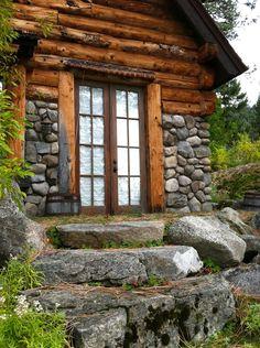 Cottage stonework