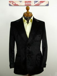 Mens vintage 1970s black velvet jacket slim fit 38S | Tweedmans Vintage