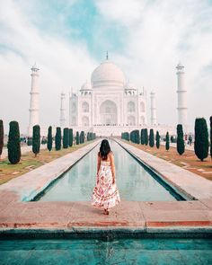 Always find time for the things that make you feel happy to be alive ♥️💫 For me that's traveling the world, spending time with my loved… Cool Places To Visit, Places To Travel, Places To Go, Delhi India, New Delhi, Santorini, Disneyland, Times Square, Ootd