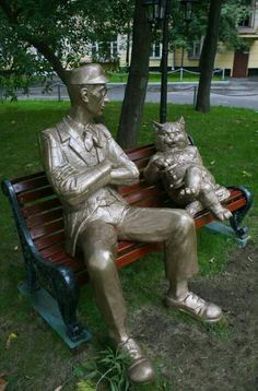 I think this is a statue in tribute to The Master and Margarita!