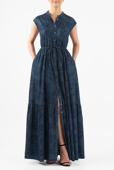 A slim banded collar tops our palm print chambray denim maxi dress styled with a ruched pleat tier at the long skirt and cinched in with a drawstring waist. Denim Maxi Dress, Womens Denim Dress, Maxi Dress With Sleeves, Shirt Dress, African Fashion, Indian Fashion, Women's Fashion Dresses, Casual Dresses, Chiffon