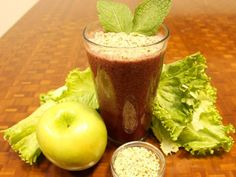 Mint Apple Berry    Serves 1-2    ½ green apple  2 tablespoons of Manitoba Harvest Hemp Hearts  8 fresh mint leaves  3-4 leaves of organic green leaf lettuce  ¼ cup organic fresh or frozen berry blend  8-12 oz pure water    BLEND all ingredients. Juice Smoothie, Smoothie Detox, Smoothie Drinks, Healthy Smoothies, Smoothie Recipes, Detox Drinks, Healthy Drinks, Healthy Snacks, Healthy Eating
