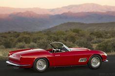 1958 Ferrari GT LWB California 250 Spider da Scaglietti - Venduto per 8,8 milioni dollari