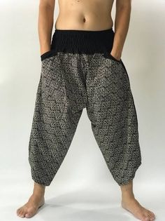 samurai pants - Google Search Samurai Pants, Pants Drawing, Lifestyle Clothing, Yoga Harem Pants, Cotton Pants, Hippie Pants, Beach Skirt, Casual Pants, Elastic Waist