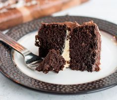 A good keto diet is about healthy whole foods, but now and then life calls for something special. Birthday cake is one. While not everyone who goes Primal Low Carb Keto, Low Carb Recipes, Whole Food Recipes, Cake Recipes, Dessert Recipes, Primal Recipes, Paleo Dessert, Keto Birthday Cake, Paleo Treats