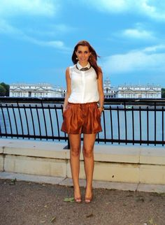 Look do Dia - Shorts Faux Leather Caramelo   Miss Street Chic