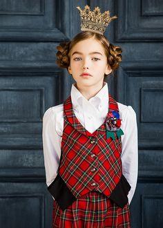 Princess Mood On Photographed by Vika Pobeda vikapobeda.com www.kidsphotoproduction.com Model: Anastasia Bezrukova #children# #fashion# #kidsfashion# #fashionkids# #style# #hair# #hairstyle# #cute# #kids# #cutekids# #vikapobeda# #losangeles# #california# #AnastasiaBezrukova# #backtoschool# #school# #crown# #princess#
