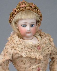 "Delightful 12"" Jumeau Poupee 'Parisienne' Fashion Doll Gusseted Body 