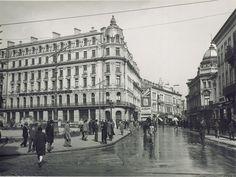 Nicolae Ionescu (1903 - 1975) Fotograf al Bucurestilor – altmarius Google Images, Louvre, Street View, 1975, Building, Travel, Voyage, Buildings, Viajes