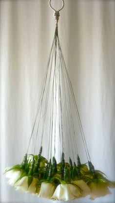 Ikebana Flower Arrangement, Wedding Flower Arrangements, Flower Vases, Flower Art, Floral Arrangements, Wedding Bouquets, Wedding Flowers, Deco Floral, Arte Floral