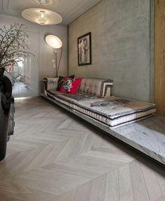 floor: schmales Zimmer Parkett Verlegerichtung quer