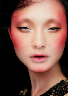 Makeup Asian Eyes Lashes Ideas Super creative makeup looks that many of us love. Runway Makeup, Eye Makeup, Hair Makeup, Makeup Contouring, Pink Makeup, Colorful Makeup, Make Up Looks, Beauty Make-up, Asian Beauty