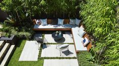Small backyard landscaping should be designed as beautiful as possible. Here are some of the best ideas for your small backyard at home. Small Outdoor Spaces, Outdoor Areas, Patio Design, Garden Design, Courtyard Design, Small Backyard Landscaping, Landscaping Ideas, Sloped Backyard, Backyard Ideas