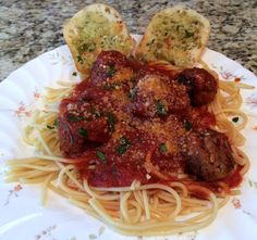 Home Chef 43rd Delivery & 51% Off for You, Spaghetti with Ricotta Meatballs with Pecorino Garlic Bread