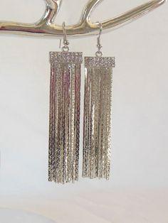 Boucles d'oreilles. Argenté. Multi-chaînes. #boucles #bijoux #tendance #look #mode #earring #jewelry www.milena-moda.com