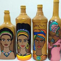 Botellas decoradas Glass Bottle Crafts, Wine Bottle Art, Plastic Bottle Crafts, Diy Bottle, Painted Glass Bottles, Pottery Painting Designs, Bottle Painting, Paintings, Decorated Jars