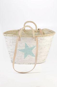 🌟Tante S!fr@ loves this📌🌟Twenty Violets Beach Bum, Beach Gear, Palm Beach, Baskets, Look At The Stars, Himmelblau, Cute Bikinis, Ibiza, Summer Bags