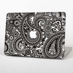 "The Black & White Paisley Pattern V1 Skin Set for the Apple MacBook Pro 13"""