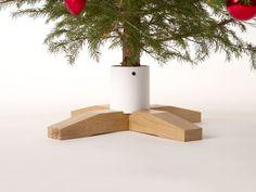 Christmas Tree Stand White Oak