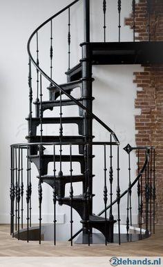 Houten draaitrap hoogte 4 meter jan van ijken bv stairs pinterest - Redo houten trap ...