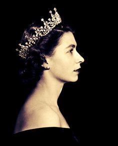 Great picture of Queen E