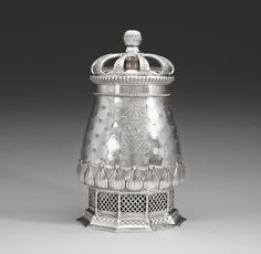 A Ferdinand Boberg silver goblet, K Anderson, Stockholm 1912. Height 32,5 cm, weight 1975 g.