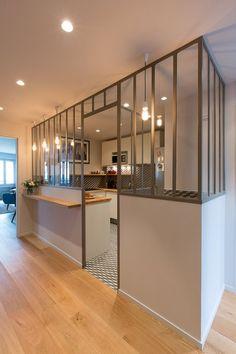 An house of chic sobriety Kitchen Interior, Interior And Exterior, Kitchen Decor, Interior Design, House Of Chic, Home Panel, Suites, Cuisines Design, Küchen Design