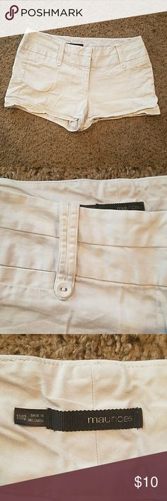 Maurices White I Am Smart Shorts Size 11/12 Maurices shorts. White. Size 11/12. Used condition with no defects or flaws. Maurices Shorts