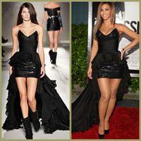 Beyonce wearing a beautiful Balmain dress.