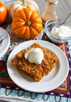 Baked Pumpkin Oatmeal 1 Breakfast And Brunch, Pumpkin Breakfast, Best Breakfast, Breakfast Recipes, Dessert Recipes, Desserts, Breakfast Ideas, Fodmap Breakfast, Breakfast Dishes