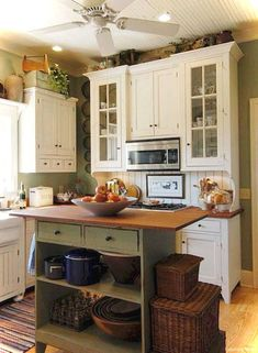 Genius small cottage kitchen design ideas017