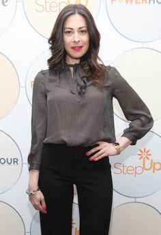 dcafdb2eca5 23 Celebrities Who Make Grey Hair Look Incredibly Glamorous Stacy London,  Grey Hair Celebrities,