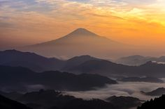 Orange Mist Photo by Takashi — National Geographic Your Shot Fuji Mountain, Beautiful Places, Beautiful Pictures, Mount Fuji, National Geographic Photos, Your Shot, Amazing Photography, Mists, Serenity