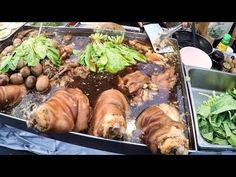 The Amazing Soups of Bangkok. Street Food of Thailand