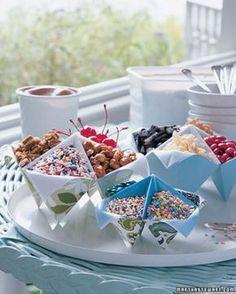 love the idea of these for a sundae bar at a summer party. Ice Cream Theme, Ice Cream Party, Sundae Party, Sundae Toppings, Dessert Halloween, Bar A Bonbon, Ice Cream Social, Festa Party, Partys
