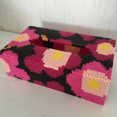 Inspired Marimekko tissue box cover perler beads by k-chippy Pixel Beads, Diy Perler Beads, Pearler Beads, Fuse Beads, Box Patterns, Perler Patterns, Beading Patterns, Beaded Boxes, Iron Beads