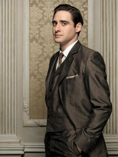 Llorenç González / Gran Hotel Netflix Series, Series Movies, Velvet Tv Series, Mejores Series Tv, Grande Hotel, Crazy Ex Girlfriends, Cinema, Film Serie, Best Series